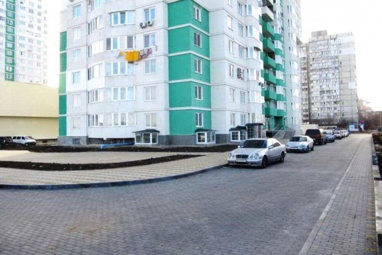 продажа однокомнатной квартиры номер A-144316 в Суворовском районе, фото номер 2